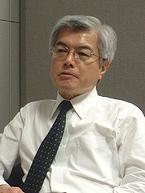 横浜市芸術文化振興財団専務理事の加藤種男さん