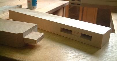 横浜洋家具で使われる日本古来の仕口「ほぞ組」