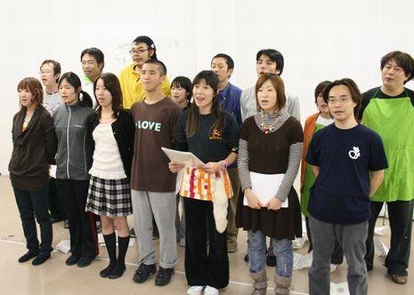 20~50歳代のメンバーからなる市民劇団「横浜スタイル」