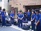 横浜を満喫しドヤを去る女子高生たち
