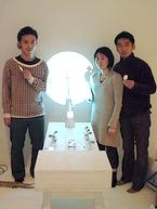 機器を開発した久納鏡子氏、近森基氏、筧康明氏