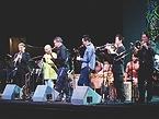 多くのジャズミュージシャンが競演