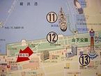 事務所には一部の作品のロケ場所がマップで展示されている