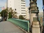 横浜駅東口の万里橋