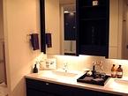 ダブルボウルタイプのワイドな洗面化粧台