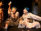 韓国の劇団超人「汽車」