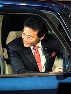 「muetto」に乗る中田市長